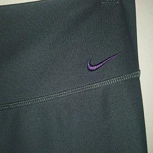 Nike Dri-Fit Workout Capris Size SP